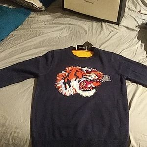 Gucci sweater with tiger logo